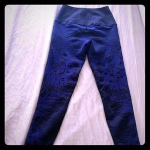 Avocado leggings with detail
